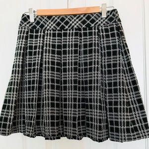 Banana Republic High Waist Mini Skirt Size 2